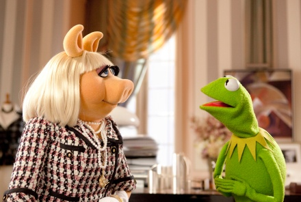 "Kermit the Frog, right, tries to persuade Miss Piggy to help save the Muppet Theater from being torn down in a scene from ""The Muppets,"" opening in theaters Nov. 23. (Photo credit: AP photo by Disney, Scott Garfield)"