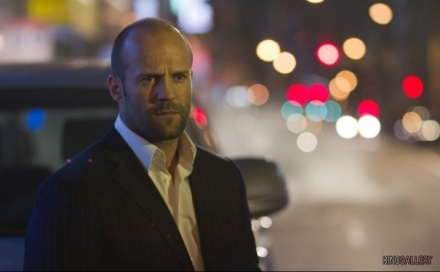 "Jason Statham is shown in a scene from ""Safe."" (Photo credit: Lionsgate)"