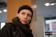 http://silverscreening.files.wordpress.com/2011/12/the-girl-with-the-dragon-tattoo-movie-photo-03-4e614acfcc258.jpg?w=195&h=132