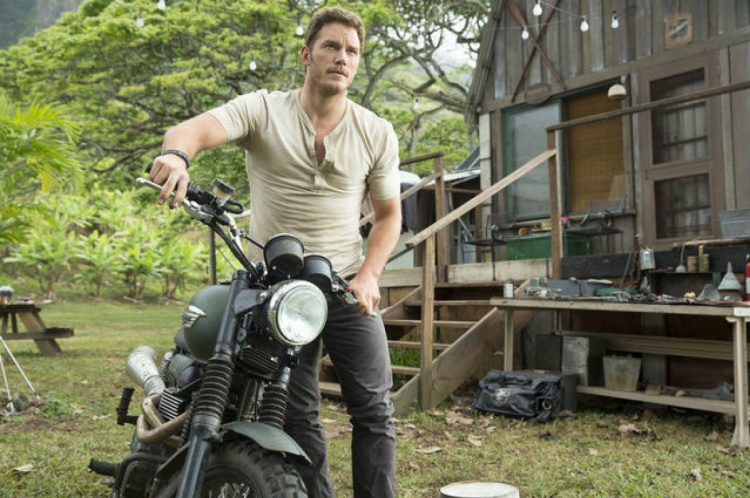 "Chris Pratt is shown in a scene from ""Jurassic World."" (Photo credit: Universal Pictures)"